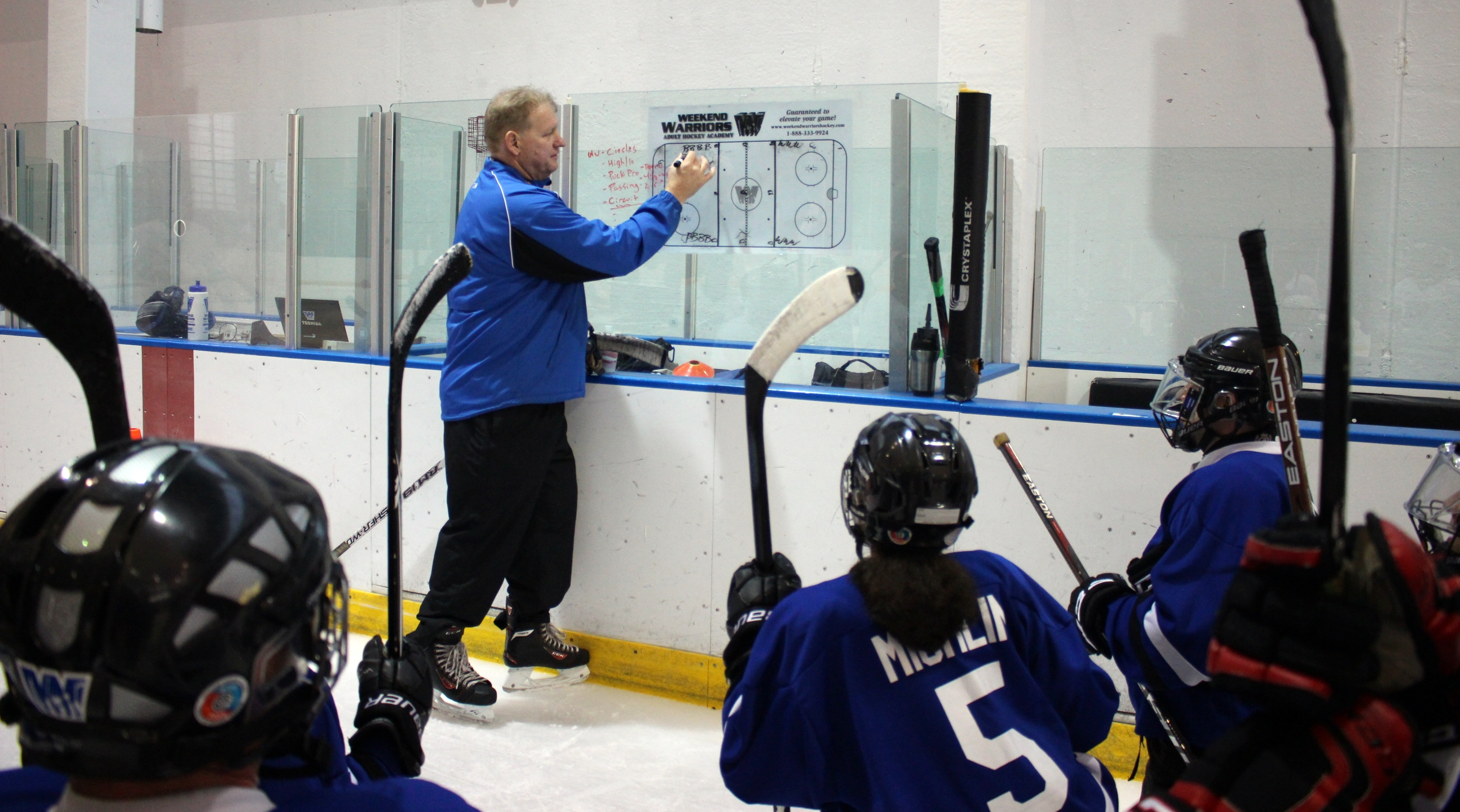 Coach Rob draws up ther next drill